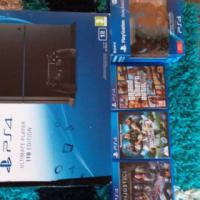 PS4 met extra remote en 3 games