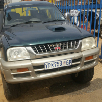 mitsubishi colt rodeo stripping for spatres