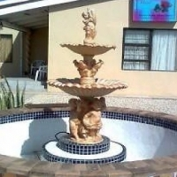 Rooms with en suite bathrooms to let, situated in Algoa Park