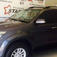 TOYOTA FORTUNER 2.5 D4D R/B A/T 2013 117000km