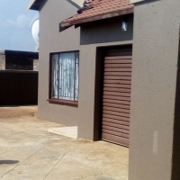 3 bedroom house for sale in Paradise park vosloorus