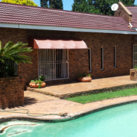 Springs,Sharon Park, Fully Furnished Garden Flat, In security area