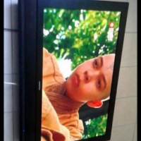 42 Inch Sinotec tv with remote.