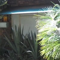 House with 2 x 1 bedroom flats for Sale Pretoria Gardens