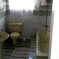 Oakdene Garden Cottage (shared bathroom)