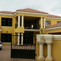 REDUCED!!! Beautiful 6 bedroom Groeneweide home
