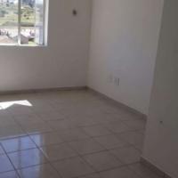 Empty apartment to rent in Fleurhof