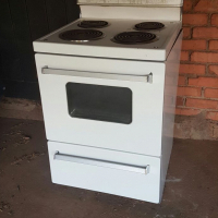 Stove for sale in Centurion Knoppieslaagte
