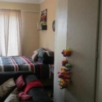 RandBurg near the taxi rank open plan bachelor flat to let for R3500 pre-paid electricity