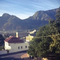 2 Bedroom flat to share in Tamboerskloof