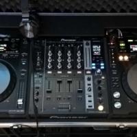 Pioneer CDJ850k and DJM750k with case