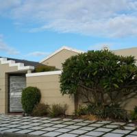 Furnished 4 bedroom house - Crawford