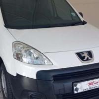 Peugeot Partner Partner 1.6HDi F/C P/V FSH ONE OWNER