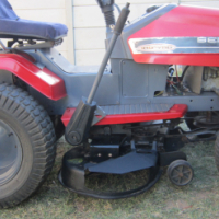 18 Hp Sentinal Ride on lawnmower with Briggs&Stratton