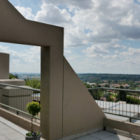 Upmarket apartment with breath-taking views for Sale