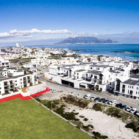 Brand New Upmarket 2 Bedroom apartment walking distance to the beach
