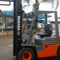 TOYOTA 2.5 TON FORKLIFTS. 3 AVAILABLE..DIESEL