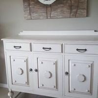 Solid oak dresser.