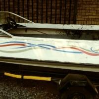 Comaro boat