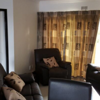 Fully furnished 2 bedroom flat available to rent in blue mountain bay, bloubergstrand, western cape