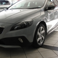 2015 VOLVO Cross Country D4 Elite Geartronic