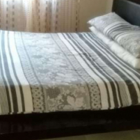 UNIQUE AND COMFORTABLE BEDROOM SUITE FOR SALE (PRICE NEGOTIABLE)