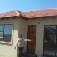 BRAND NEW HOUSES IN RANDFONTEIN - TOEKOMSRUS