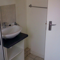 Comfortable  1 Bedroom Available - THORNTON