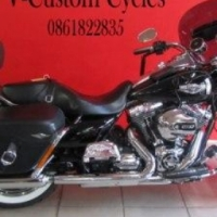 Stunning 2014 Roadking Classic Model in Mint Condition!