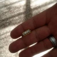 18ct goud. 4 diamante