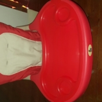 Leo feeding chair for sale