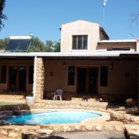 Price R1 980 000 ROODEPLAAT Kameelfontein estate 1,2ha