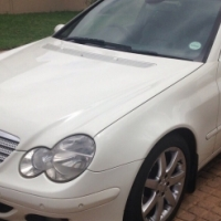 Mercedes Benz C230 V6