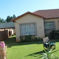 2 Bedroom Townhouse - Rental available 1st June 2017 - New State Area Springs