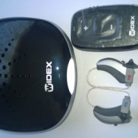 Widex Unique U440 pair of hearing aids. These are brand new and have never been used.