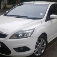 ford focus si 2010