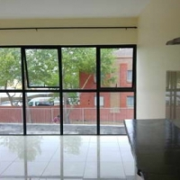 Studio Apartment, Durban rd. Bellville - close to Tygervalley Business District / Waterfront.