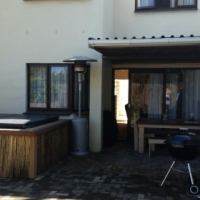 Town house with great possibilities, views and lots of space in Somerset West.