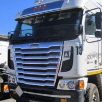 Freightliner Argosy Detroit 475