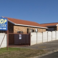 TO RENT: FOCHVILLE - 2 Bedroom Townhouse