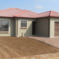 3 bedroom house with single garage on sale at Heatherview hills in Pretoria north