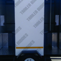 Do you need a toilet for your dayworkers? Hire a mobile toilet trailer.