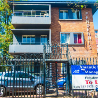 Bachelor flat to rent in Pretoria central --50% off 1st monthh rent