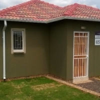 new development house for sale in thokoza no deposit