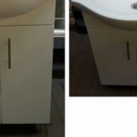 Bathroom basin and cabinet set