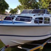 Baronet 17ft Cabin Boat