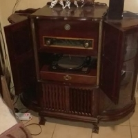 Antique Radiogram and Display