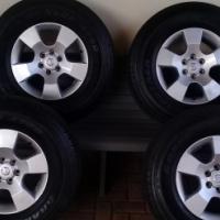 Nissan Navara mags and tyres