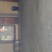Fully furnished garden flat in Sinoville