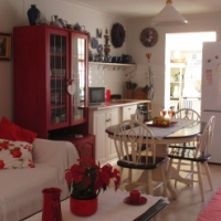 COSY COTTAGE Fully furnished and equiped to Rent MAY to JULY 2 months Only